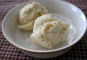 Homemade Eggnog Ice Cream