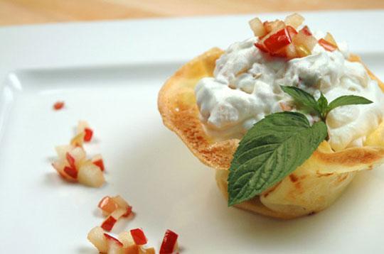 Crêpes with Apple Cream
