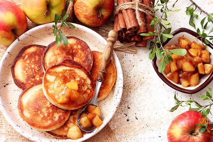 Apple Cinnamon Cornmeal Pancakes