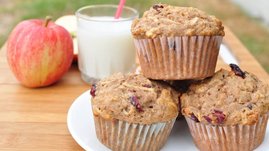 Apple Muffins with Dried Cranberries