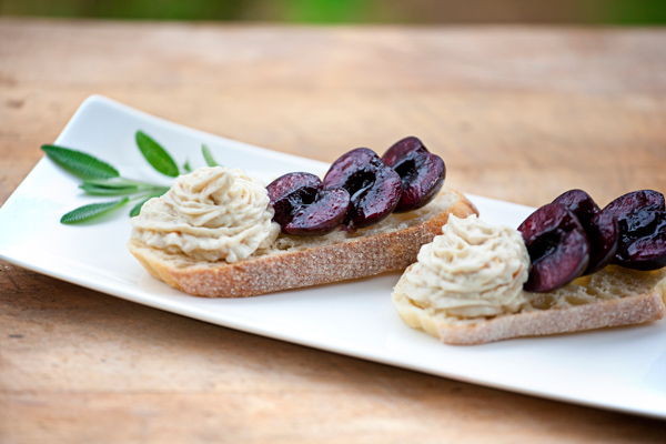 Crostini with Balsamic Cherries and Smoked Cheddar Spread